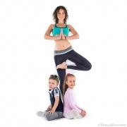 как сделать креативную семейную фотосессию? йога с детками